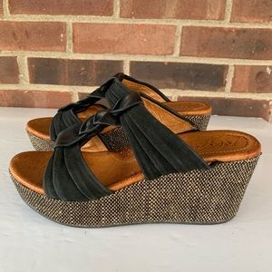 Naya Neola platform slip on wedge sandals